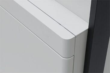 優しさを感じる手触り ボックスの角は丸みのある優しいフォルムで表面はマットな質感に仕上げました。